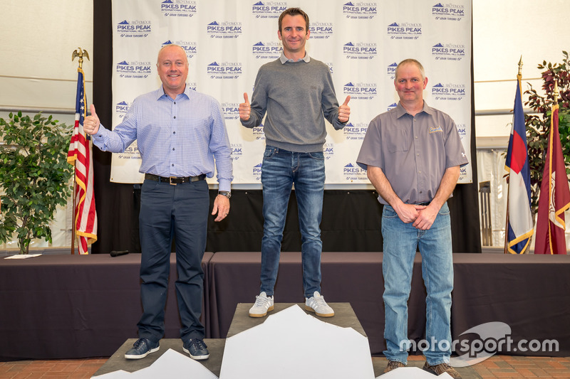 Ganador Romain Dumas, segundo lugar Peter Cunningham, tercer lugar Clint Vahsholtz