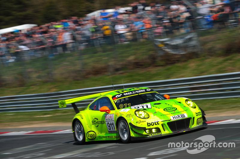 #911 Manthey Racing, Porsche 911 GT3 R: Frédéric Makowiecki, Richard Lietz