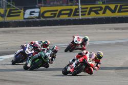 Chaz Davies, Ducati Team; Tom Sykes, Kawasaki Racing