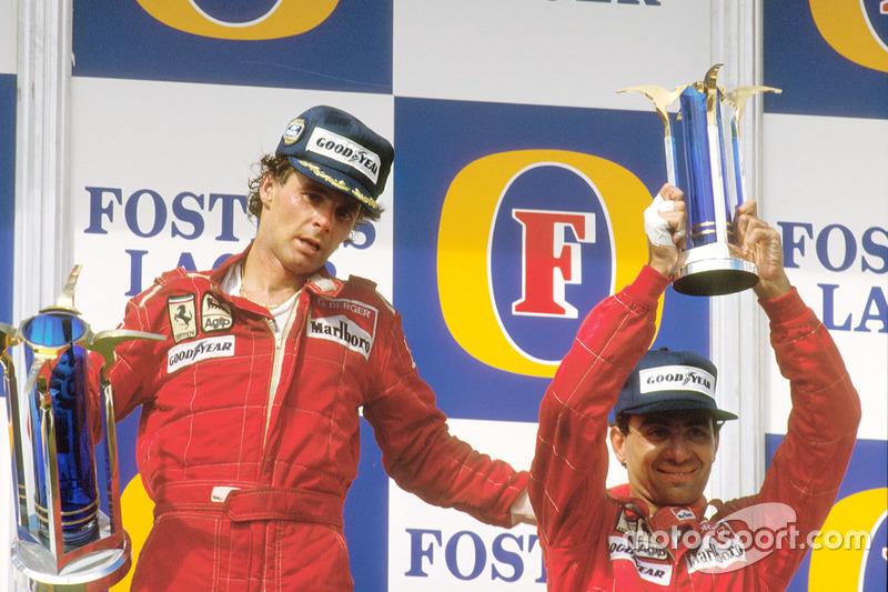 Подіум: переможець Герхард Бергер, Ferrari, третій призер Мікеле Альборето, Ferrari
