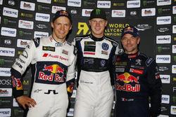 Podium : le vainqueur Johan Kristoffersson, PSRX Volkswagen Sweden, VW Polo GTi, le deuxième Mattias Ekström, EKS, Audi S1 EKS RX Quattro, le troisième Sebastien Loeb, Team Peugeot-Hansen, Peugeot 208 WRX