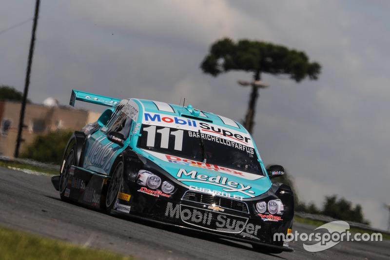 Carro de Rubens Barrichello e Augusto Farfus