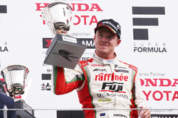 Podium: race winner Nick Cassidy, Kondo Racing