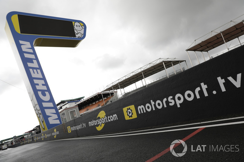 Motorsport.com and Motorsport.tv logos