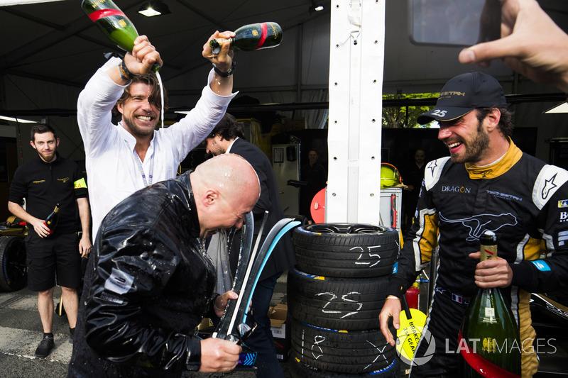Jean-Eric Vergne, Techeetah. celebrates his win with his team