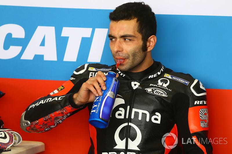"<img src=""http://cdn-1.motorsport.com/static/custom/car-thumbs/MOTOGP_2018/NUMBERS/petrucci.png"" width=""50"" />Danilo Petrucci (Alma Pramac Racing)"
