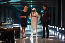 Lewis Hamilton, Mercedes AMG F1, Toto Wolff, Executive Director Mercedes AMG F1