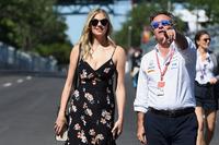 Le mannequin Kate Upton avec Alejandro Agag, PDG de la Formule E