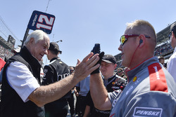 Will Power, Team Penske Chevrolet, and crew celebrate the win of the pit stop competition