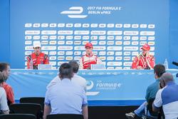 Felix Rosenqvist, Mahindra Racing, Lucas di Grassi, ABT Schaeffler Audi Sport, y Nick Heidfeld, Mahindra Racing, en la conferencia de prensa