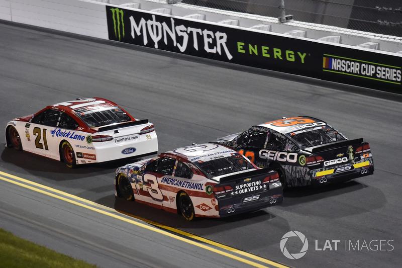 Ryan Blaney, Wood Brothers Racing Ford, Austin Dillon, Richard Childress Racing Chevrolet