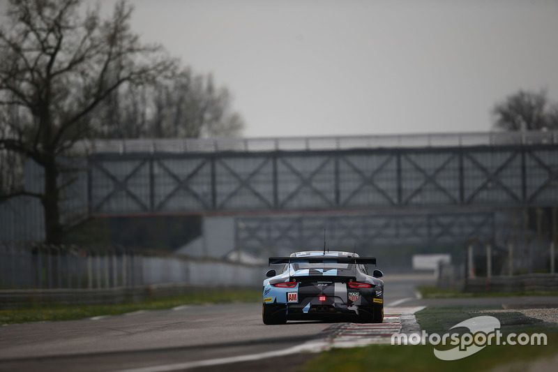 #77 Dempsey Proton Competition, Porsche 911 RSR: Christian Ried, Matteo Cairoli, Marvin Dienst