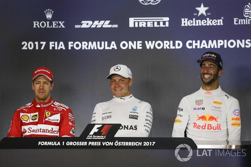 Прес-конференція: переможець гонки Валттері Боттас, Mercedes AMG F1, друге місце Себастьян Феттель, Ferrari, третє місце Даніель Ріккардо, Red Bull Racing