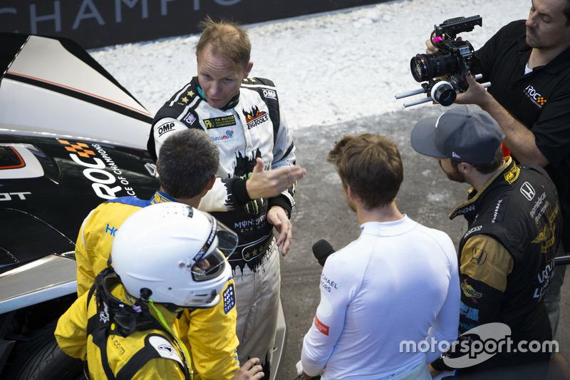 Petter Solberg, con Juan Pablo Montoya, Jenson Button y James Hinchcliffe,
