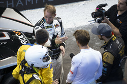 Petter Solberg, talks with Juan Pablo Montoya, Jenson Button and James Hinchcliffe,