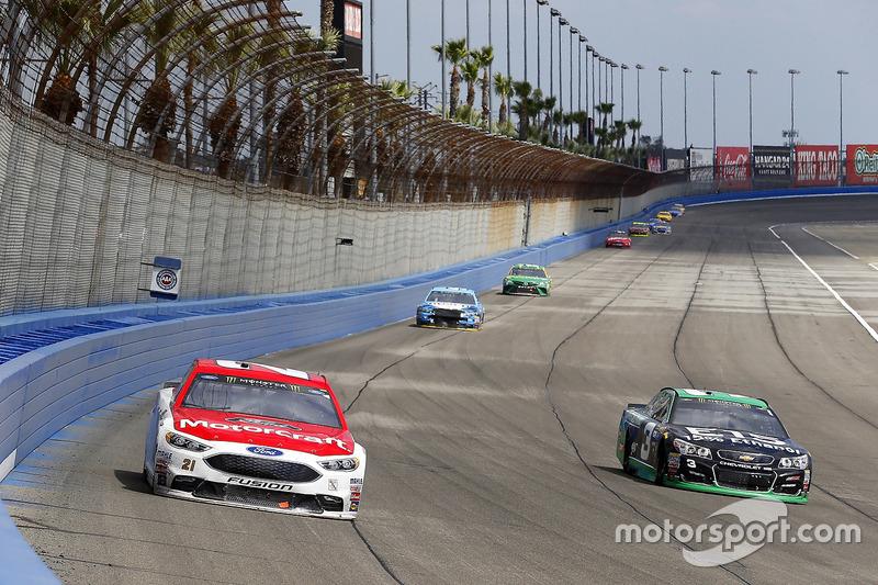 Ryan Blaney, Wood Brothers Racing, Ford; Austin Dillon, Richard Childress Racing, Chevrolet