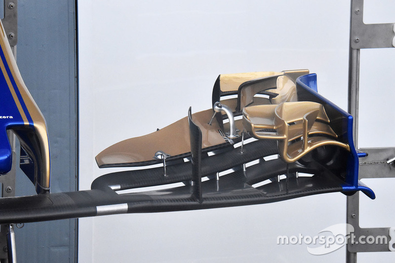 Detalle del ala delantera de Sauber C36