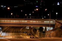 Formule 1-auto's in de straten van Adelaide
