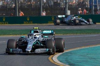 Valtteri Bottas, Mercedes AMG W10, leads Lewis Hamilton, Mercedes AMG F1 W10