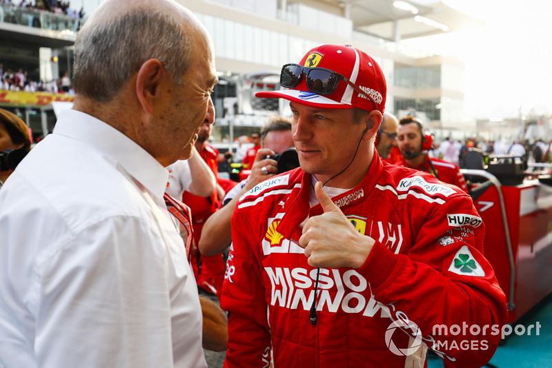 Peter Sauber, Team President, Sauber, speaks to Kimi Raikkonen, Ferrari