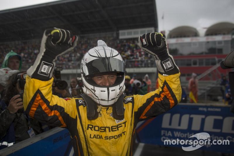 Sieger Gabriele Tarquini, LADA Sport Rosneft, Lada Vesta