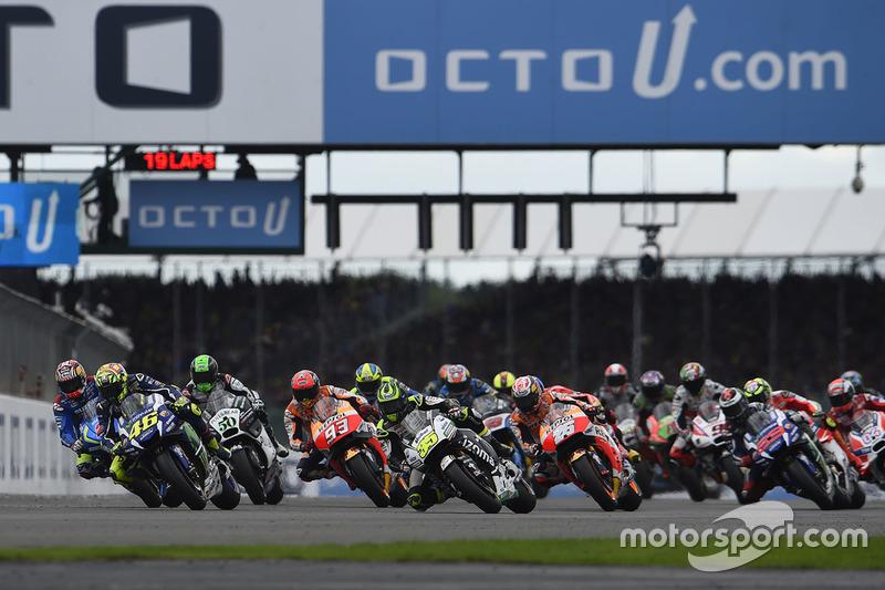 Aksi start MotoGP Inggris