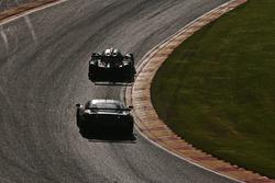 In the 'Raidillon', #55 AF Corse, Ferrari F458 Italia: Duncan Cameron, Matt Griffin, Aaron Scott