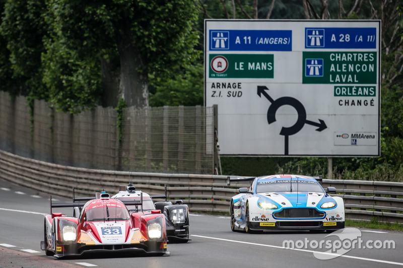 Renn-Action in Le Mans