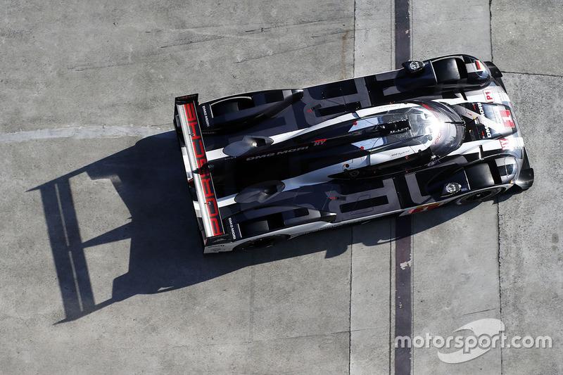 #5: Porsche von oben