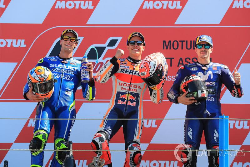 Podio: 1º Marc Marquez, 2º Alex Rins, 3º Maverick Viñales