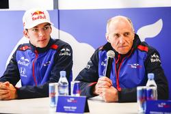 Pierre Gasly, Scuderia Toro Rosso, with Franz Tost, Team Principal, Scuderia Toro Rosso