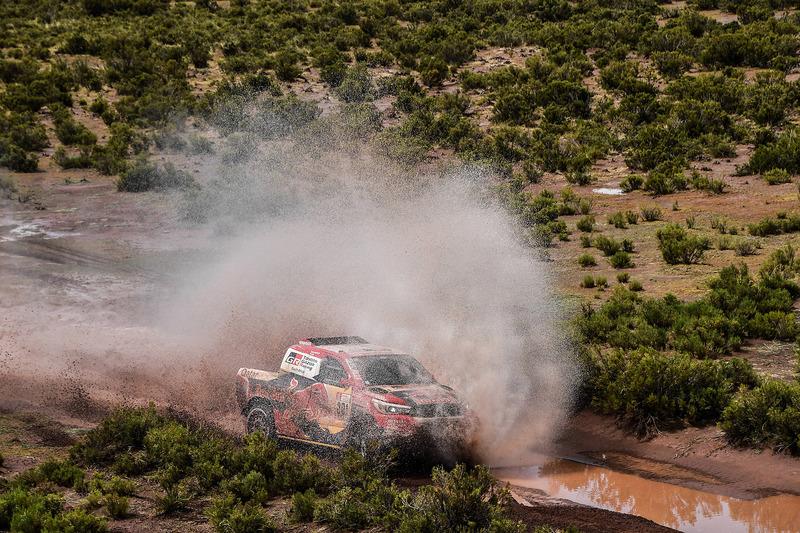 #301 Toyota Gazoo Racing Toyota: Нассер Аль-Аттія, Маттьойо Бомель