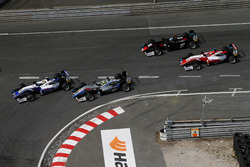 Start of the race, Robert Shwartzman, PREMA Theodore Racing Dallara F317 - Mercedes-Benz leads