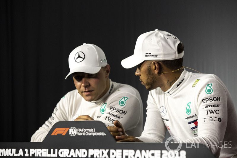 Valtteri Bottas, Mercedes-AMG F1 ve Lewis Hamilton, Mercedes-AMG F1 Basın Toplantısı