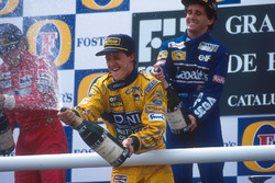 Podium: Michael Schumacher, Benetton, celebrates third place