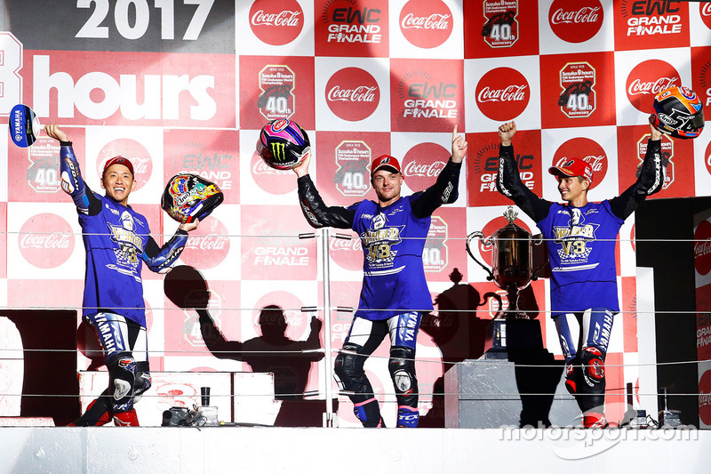 «8 годин Сузуки»: Кацуюкі Накасуга, Алекс Лоус та Міхаел ван дер Марк, Yamaha Factory Racing Team