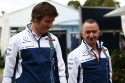 Rob Smedley, Williams with Paddy Lowe, Williams chief technical officer