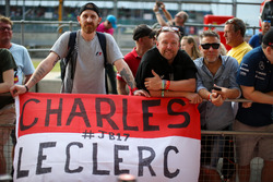Charles Leclerc, Prema Racing fans y banner