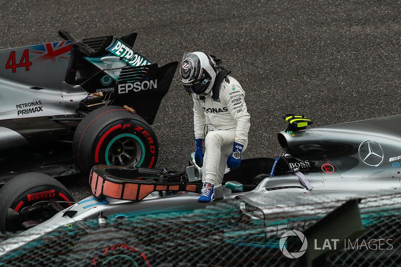 Valtteri Bottas, Mercedes-Benz F1 W08  arrives to celebrate in parc ferme