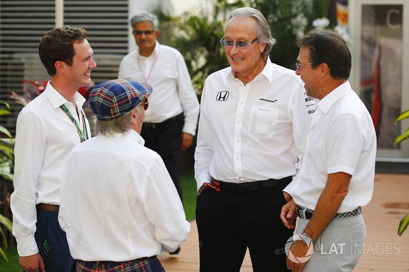 Sir Jackie Stewart, Mansour Ojjeh, McLaren, im Fahrerlager