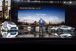 Dr. Dieter Zetsche, Mercedes-AMG Project ONE, Smart Vision EQ Fortwo