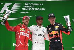 Podium: 2. Sebastian Vettel, Ferrari; 1. Lewis Hamilton, Mercedes AMG F1; 3. Max Verstappen, Red Bull Racing