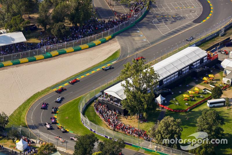 Lewis Hamilton, Mercedes AMG F1, W08; Sebastian Vettel, Ferrari, SF70H; Valtteri Bottas, Mercedes AMG F1, W08; Kimi Räikkönen, Ferrari, SF70H; Max Verstappen, Red Bull Racing, RB13; Felipe Massa, Williams, FW40