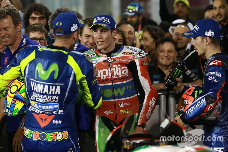 Sieger Maverick Viñales, Yamaha Factory Racing; 3. Valentino Rossi, Yamaha Factory Racing; Aleix Espargaro, Aprilia Racing Team Gresini