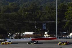 Joey Logano, Team Penske Ford, Kurt Busch, Stewart-Haas Racing Ford, Erik Jones, Furniture Row Racing Toyota