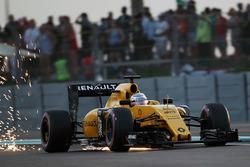 Кевин Магнуссен, Renault Sport F1 RS16