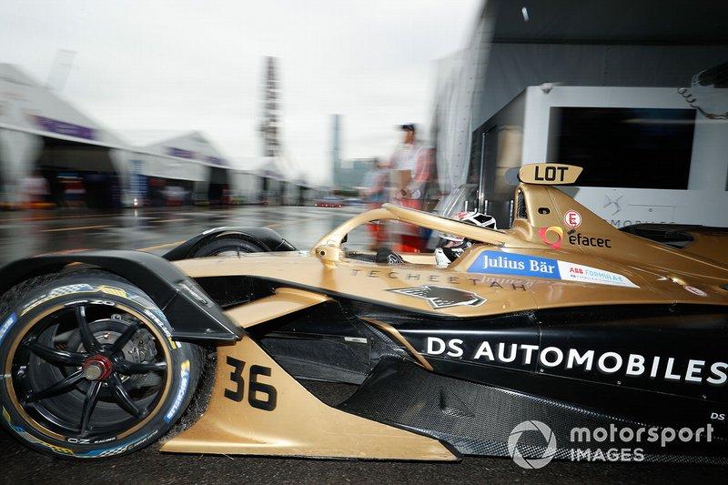 Andre Lotterer, DS TECHEETAH, DS E-Tense FE19 exits the garage