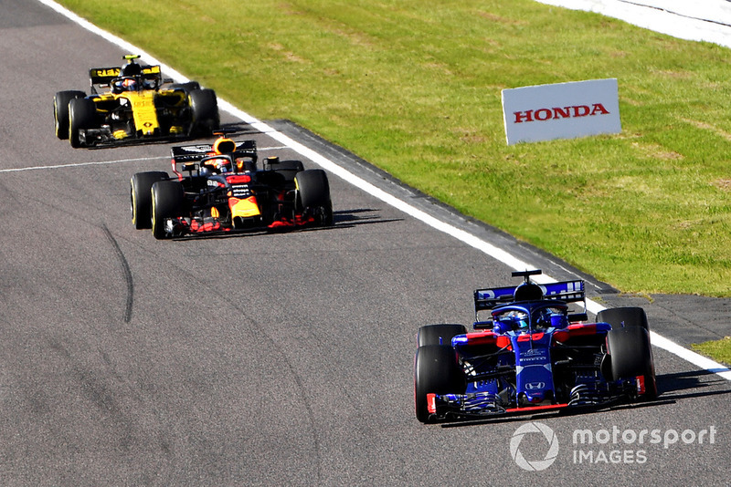 Brendon Hartley, Scuderia Toro Rosso STR13, Daniel Ricciardo, Red Bull Racing RB14 e Carlos Sainz Jr., Renault Sport F1 Team R.S. 18