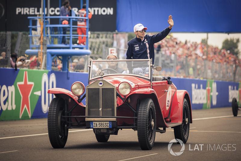 Esteban Ocon, Racing Point Force India F1 Team en el desfile