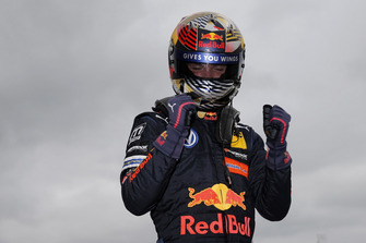 Race winner Dan Ticktum, Motopark Dallara F317 - Volkswagen